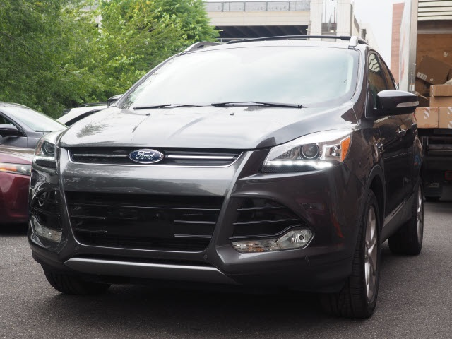 Ford Escape Titanium >> Pre Owned 2016 Ford Escape Titanium