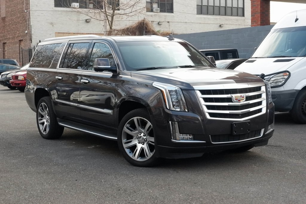 Certified Pre-Owned 2016 Cadillac Escalade ESV Luxury